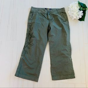 Lucky Brand Green Floral Embroidered Capri Pants 6